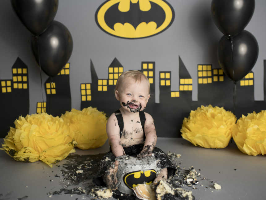 Toddler Whose Last Name Is Batman Has Epic Gotham City Themed Cake Smash Love What Matters