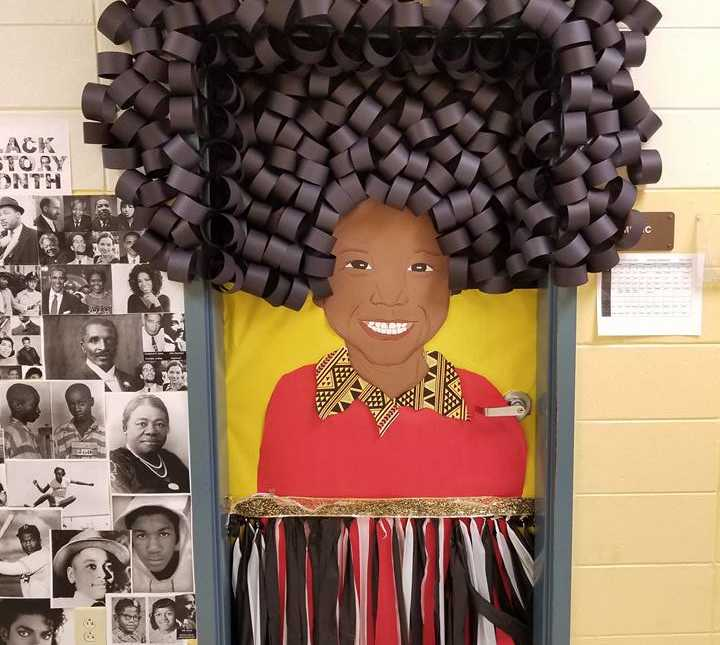 Teacher S Insanely Awesome Black History Month Decorations Go Viral