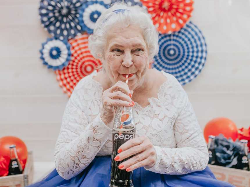 Grandma Gets Dolled Up For Pepsi Themed 76th Birthday Cake Smash
