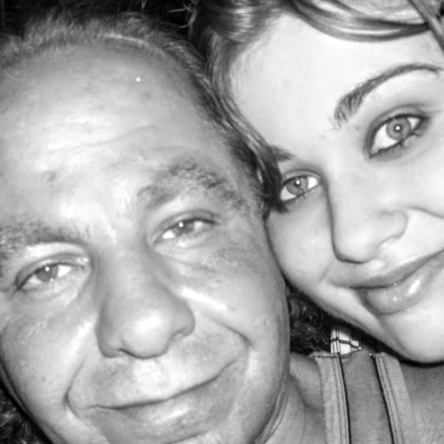 Selfie of daughter and recovered addict father