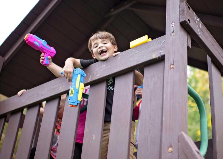 kids with nerf guns