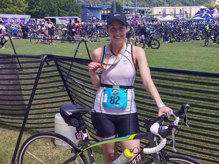 woman in triathlon