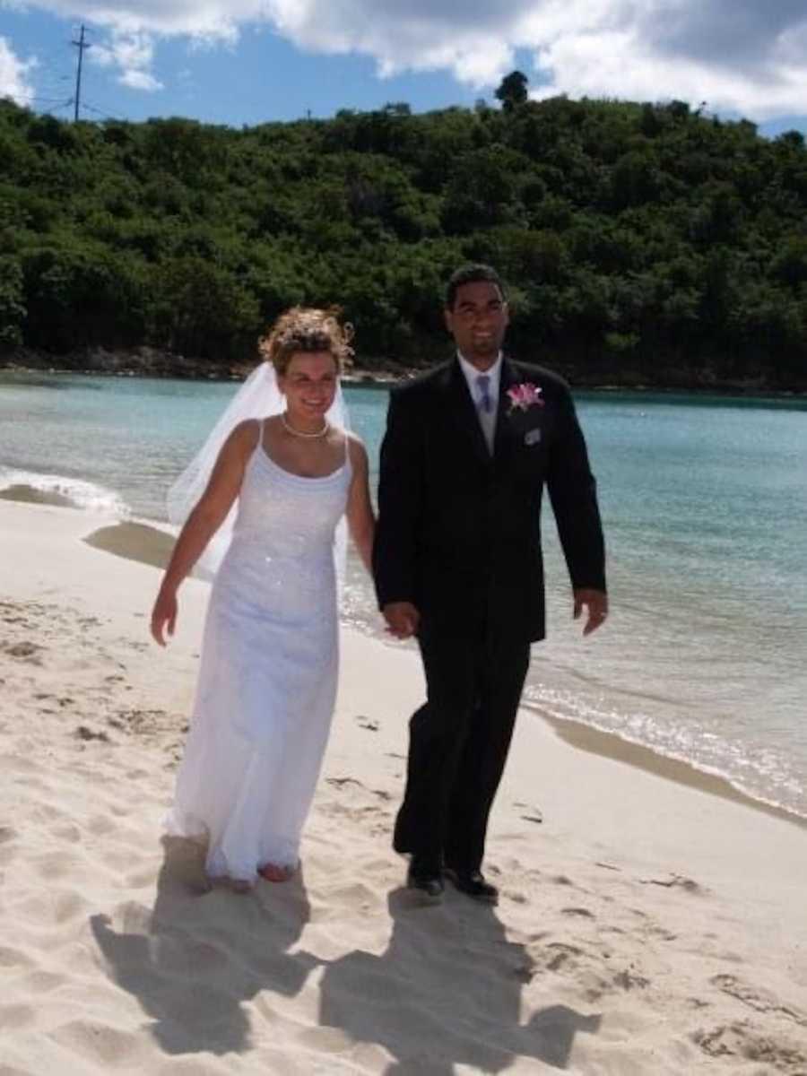 wedding photo of couple on the beach