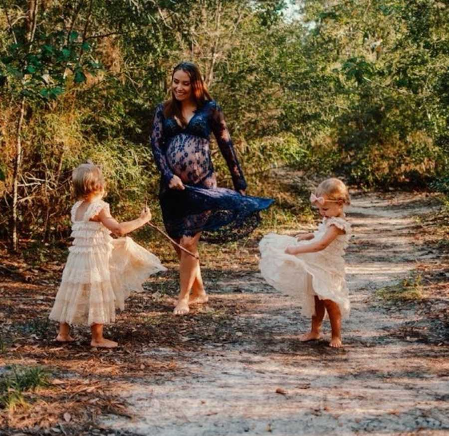 mom and twin daughters