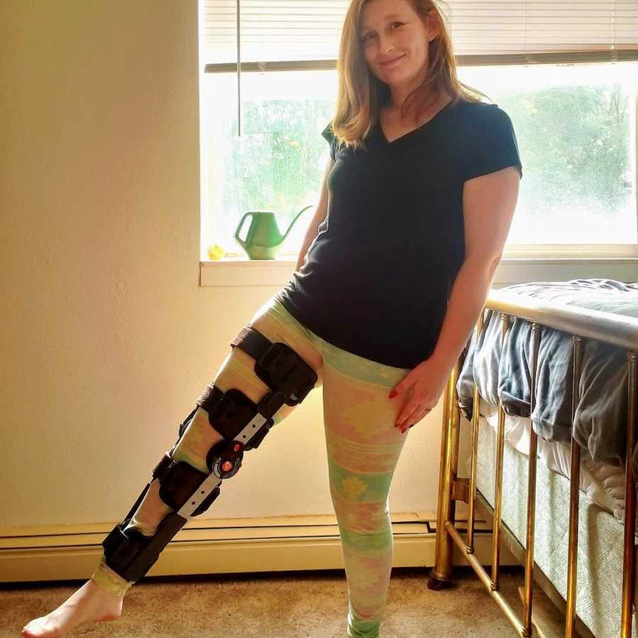 Woman wearing leg brace