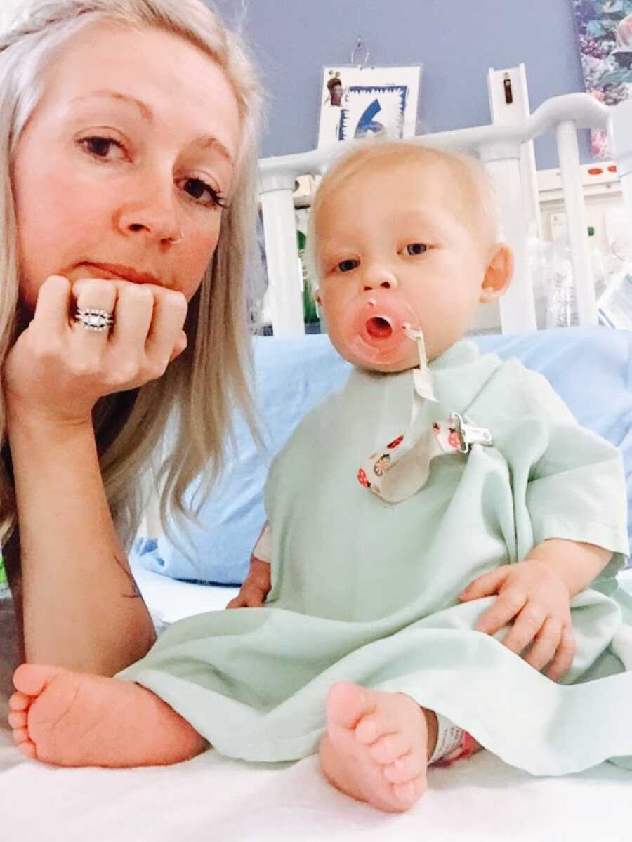 Medical mom takes a selfie with her toddler daughter born with dwarfism and multiple rare diseases