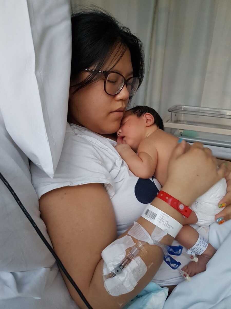 Mom son is born in the hospital