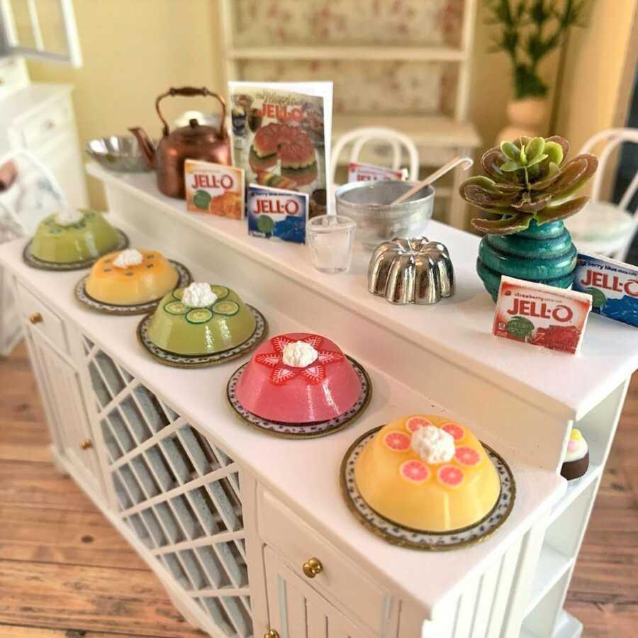 Miniature jello mold clay sculpted dollhouse food.