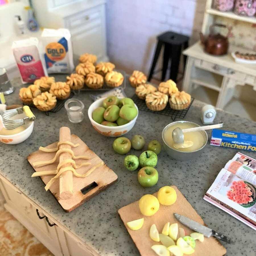 Miniature apple tarts clay sculpted dollhouse food.