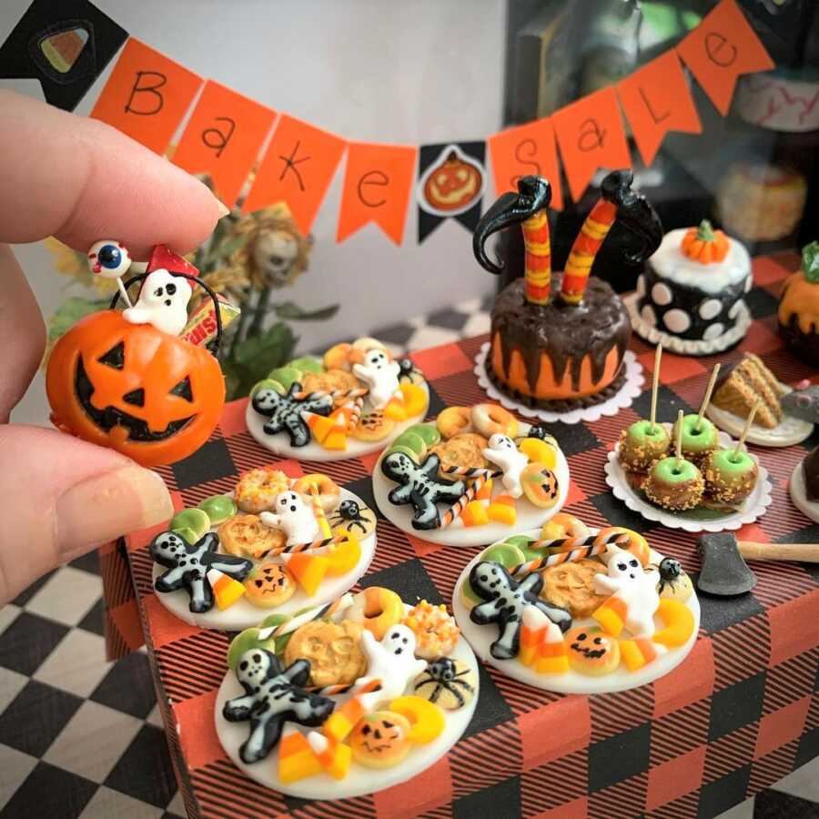 Miniature Halloween desserts made from sculpted clay.